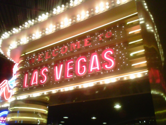 Welcome to Las Vegas (copyright 2013 JoshWillTravel)