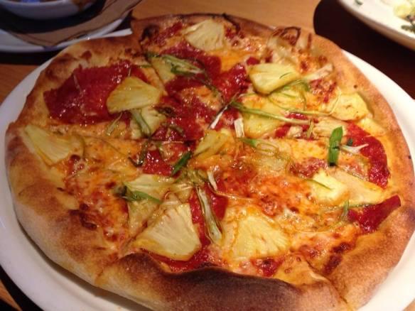 Hawaiian Pizza with pepperoni (copyright 2104 JoshWillTravel)