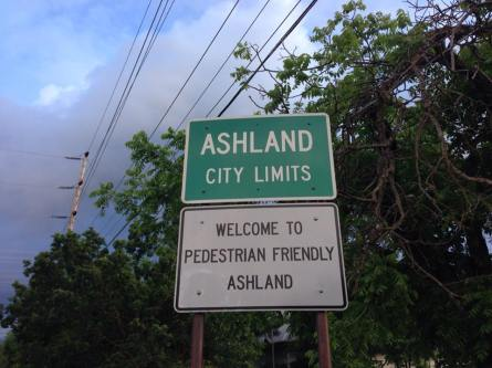 Food, Wine & Theatre in Ashland Oregon with JoshWillTravel