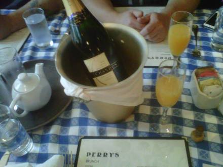 Champagne Brunch - Mimosas all around